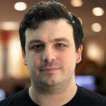 Доминик Дэйвис, создатель контента
