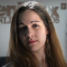 Тэрин Лайон, агент поддержки пользователей